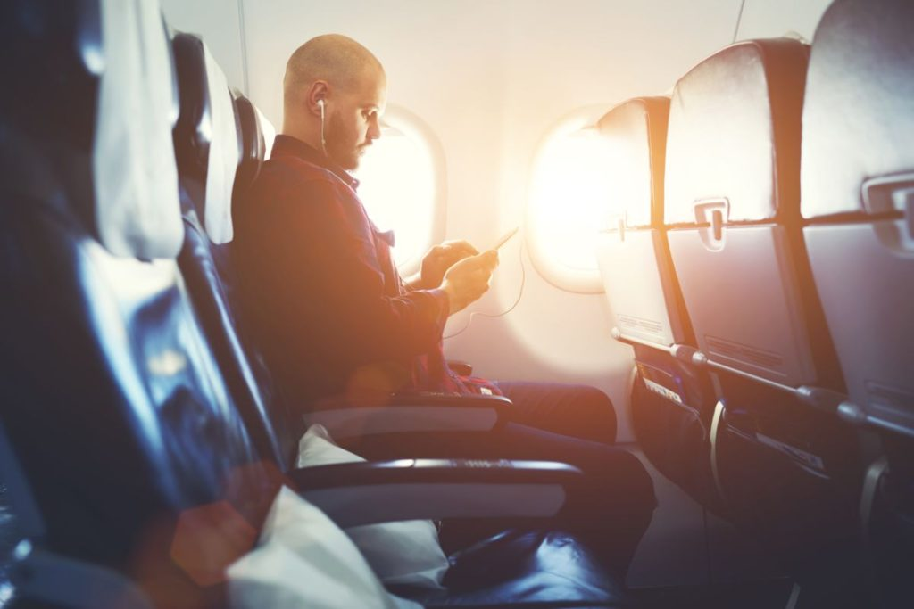 6 Ways To Keep Traveling From Being A Pain In The Back This Summer