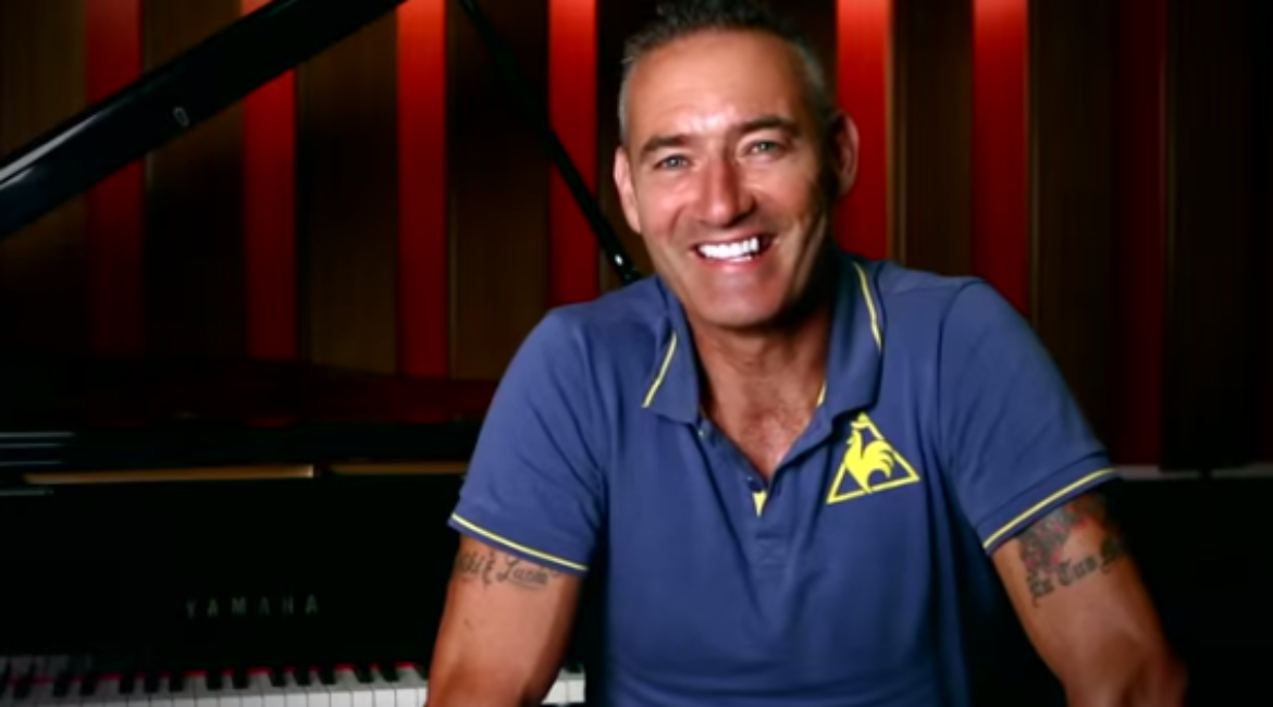 "How Anthony Field of The Wiggles Got His ""Wiggle"" Back With Chiropractic Care"