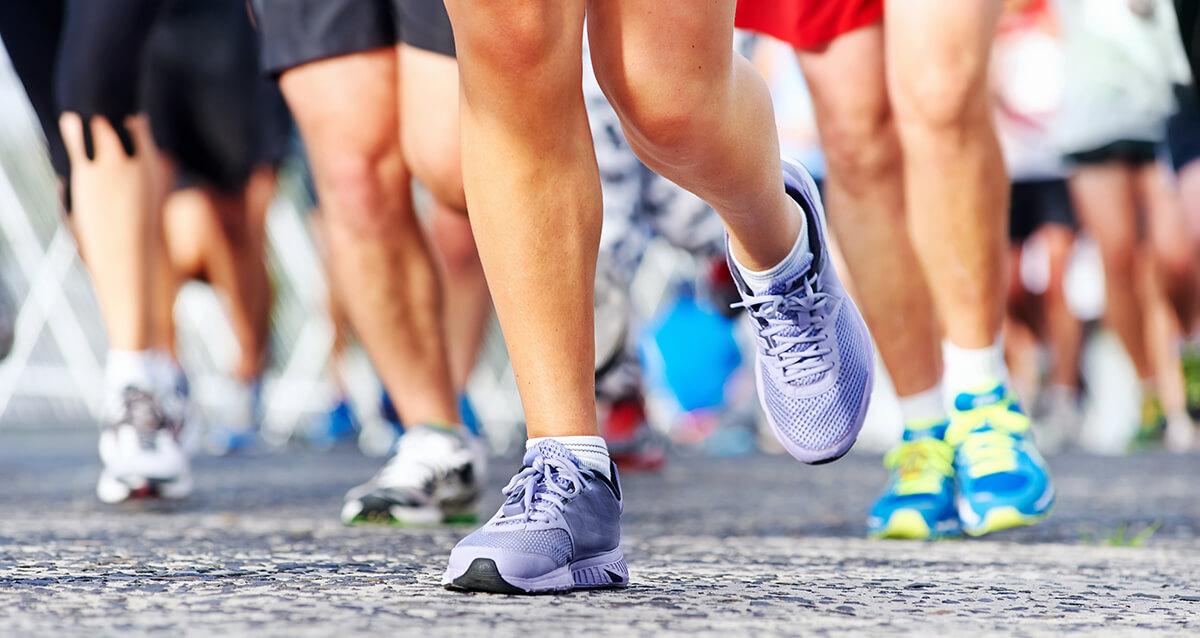 Why Do We Use Foot Levelers Custom Orthotics (& Why Are Rigid Orthotics Terrible)?